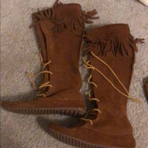 Minnetonka knee boots